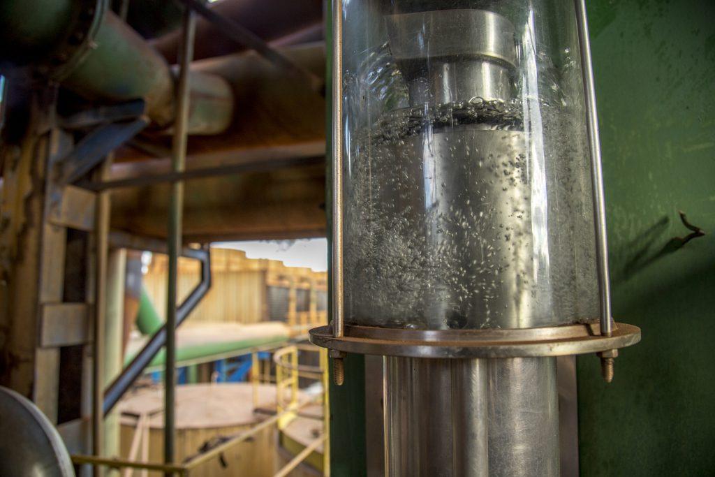 Refinaria de cana de açúcar - Imagem destaque artigo Ionics
